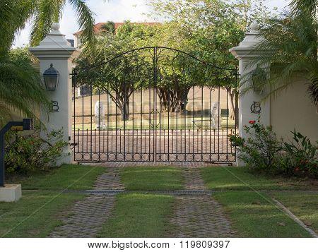 Front Decorative Gateway Entrance