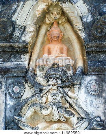 ing hang relics Laos