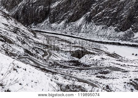 Mountain Road Snow Winter Curve