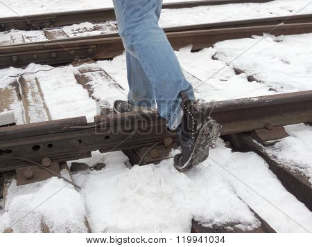 Step Over The Rails, Walk On The Sleepers