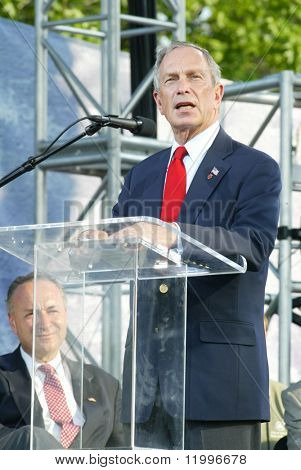 NEW YORK - JUNE 25: New York City Mayor Michael Bloomberg speaks as he attends the Greater New York Billy Graham Crusade June 25, 2005 in Flushing, New York.
