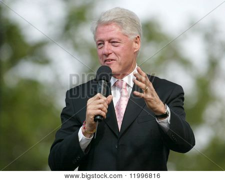 New York 25. Juni: ehemaliger us Präsident Bill Clinton auf der greater New York Billy Graham Cru spricht