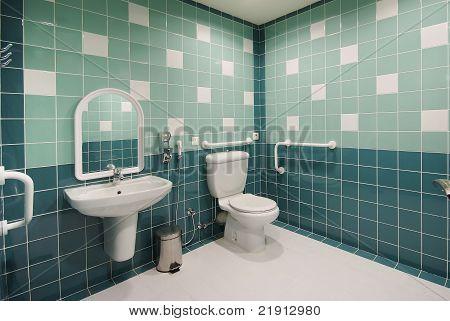 Handicap Toilet