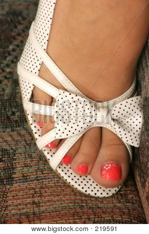 Open Toe Shoe