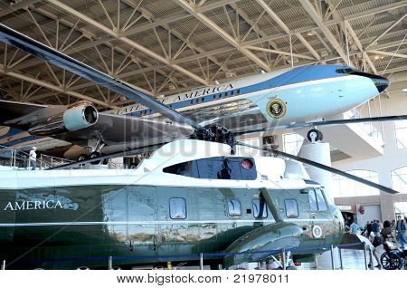 SIMI VALLEY, CA - JULY 24: Air Force One and Marine One on display at the Reagan Presidential Library in Simi Valley, July 24, 2010. The aircraft are part of a continuing event at the museum.