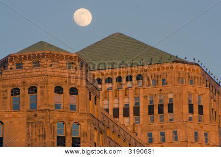 Moon Over Merchandise Mart