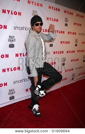 LOS ANGELES - APR 10:  Eli Roth arrives at the NYLON Magazine 13th Anniversary Celebration at Smashbox on April 10, 2012 in Los Angeles, CA