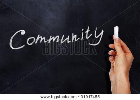 Junta escolar con la palabra comunidad en él