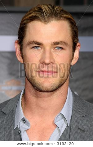 """LOS ANGELES - APR 11:  Chris Hemsworth arrives at """"The Avengers"""" Premiere at El Capitan Theater on April 11, 2012 in Los Angeles, CA"""