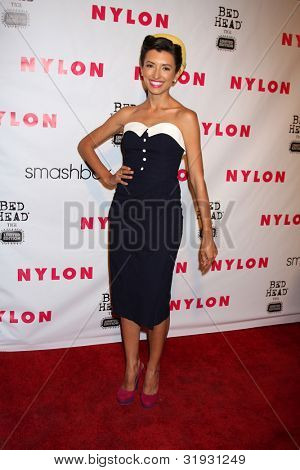 LOS ANGELES - 10 de abril: India de Beaufort llega a la revista NYLON 13 aniversario