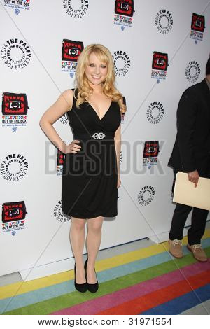 LOS ANGELES - APR 12:  Melissa Rauch arrives at Warner Brothers