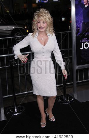 """LOS ANGELES - JAN 19:  DOLLY PARTON arriving to """"Joyful Noise"""" Los Angeles Premeire  on January 19, 2012 in Hollywood, CA"""