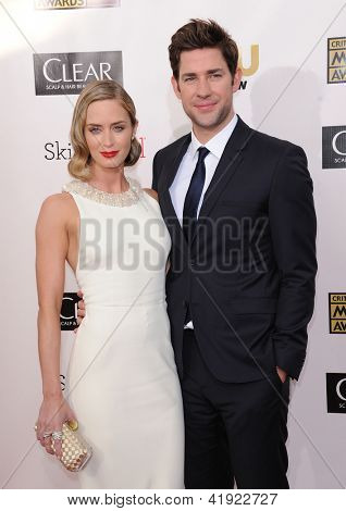 LOS ANGELES - JAN 10:  Emily Blunt & John Krasinski arrives to the
