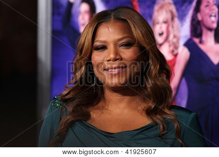 LOS ANGELES - JAN 19:  QUEEN LATIFAH arriving to