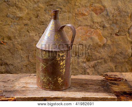 Antike verrostet Eisen Glas mit alt Messing auf Vintage Holz selbst