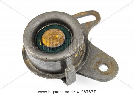 Worn Out Idler Pulley
