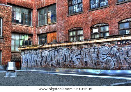 Urban Decay Graffiti