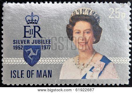 UNITED KINGDOM - CIRCA 1977: A stamp printed in Isle of Man showing Queen Elizabeth II circa 1977