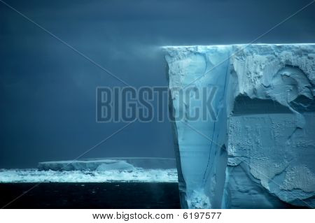 Ice Shelf Edge With Snow Drift