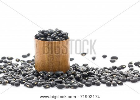 Black Beans In Wood Cup