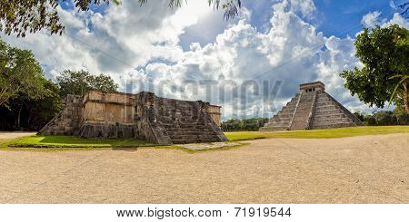Mexico,  Chichen Itza - Kukulcán Pyramid With Venus Platform