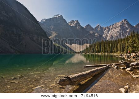 Moraine Lake - Banff National Park - Alberta - Canada