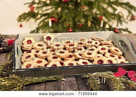 Christmas Cookies Linzer Eyes