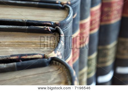 Closeup auf alten Legal / Law Bücher