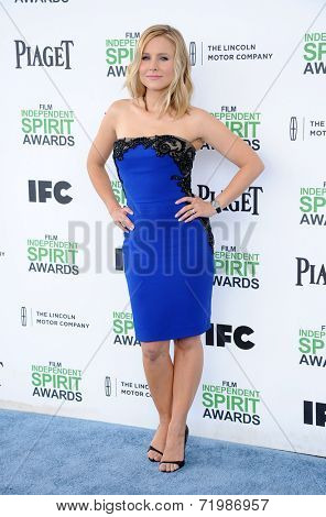 LOS ANGELES - MAR 01:  Kristen Bell arrives to the Film Independent Spirit Awards 2014  on March 01, 2014 in Santa Monica, CA.