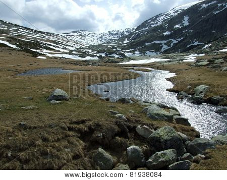 Muont Gredos with snow