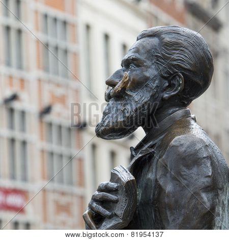 Statue Of Bruegemeister Buls In Brussels