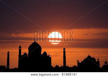 Silhouette of the Taj Mahal