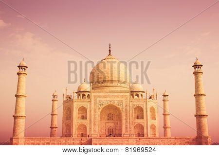 Warm Taj Mahal Frontal View
