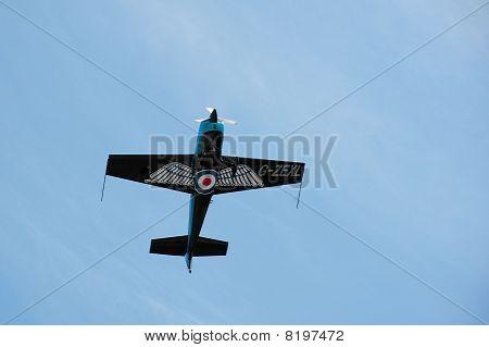 Aerobatic G-force