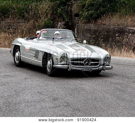 old car  Mercedes Benz 300 SL Roadster   mille miglia 2015