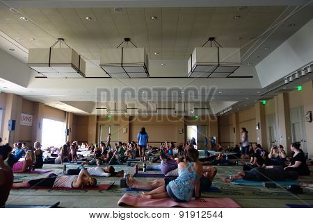 Students Talk And Gather Before The Start Of Large Yoga Class At Wanderlust