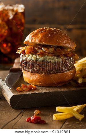 Juicy Blue Cheese Hamburger