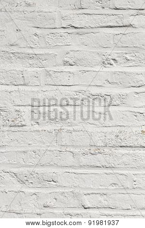 White Harmonic Brick Wall