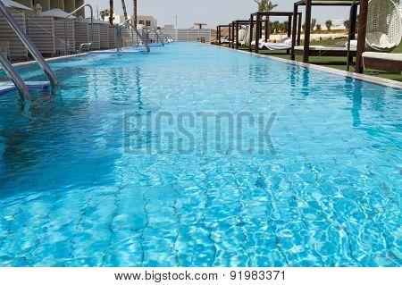Hotel Swimming Pool .