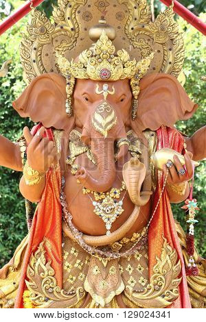 this is photo Ganesh statue at garden .