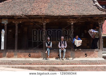 BHAKTAPURNEPAL-April 2015: view of people in town at Bhaktapur Durbar square before earthquake in April 2015