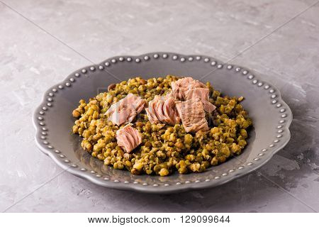 Stewed Mung Beans With Canned Tuna