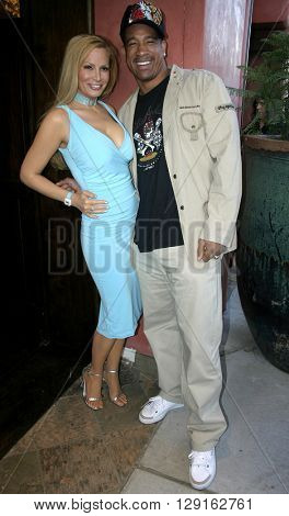 Cindy Margolis and Dorian Gregory at the Grand Opening of Porta Bella in Beverly Hills, USA on September 2, 2005.