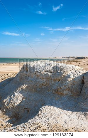 Qatar Ras Abrouq the large desertic area with the picturesqe limestone