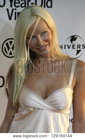 Caprice at the Los Angeles premiere of