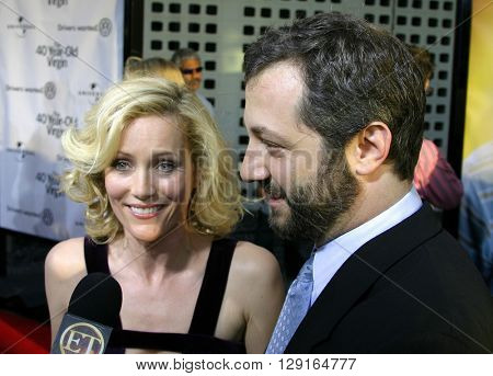 Judd Apatow and Leslie Mann at the Los Angeles premiere of
