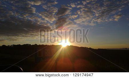 nuvens, céu, por do sol, entardecer, amanhecer , estrada, azulado