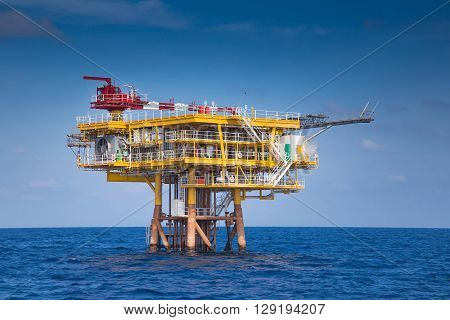 Oil and gas wellhead remote platform produced gas condensate and water sent to central facility