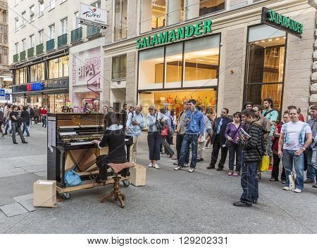 Famous Classical Piano Player Soryang Plays The Piano In Pedestrian Zone