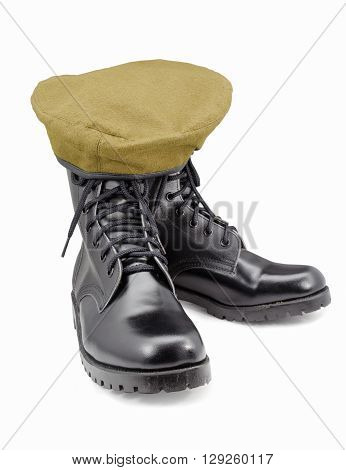 black army shoes and Beret isolated on white backgrounds